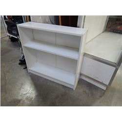 WHITE 2 FOOT BOOKSHELF