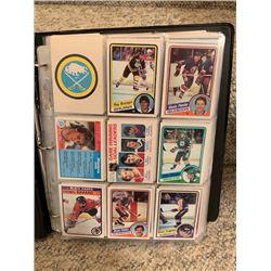 BINDER OF 350+ CARDS VINTAGE HOCKEY STARS PLUS PARTIAL 82-83 OPEECHEE SET