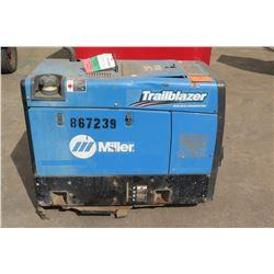 Miller Trailblazer 325 DC Welder Generator (Starts & Runs - See Video)