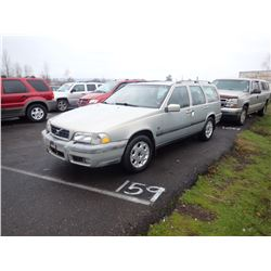 2000 Volvo Cross Country