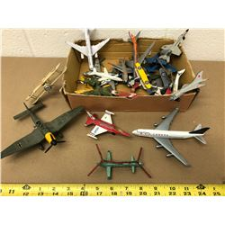 BOX LOT OF MISC TOY PLANES