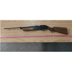 CROSSMAN POWER MASTER AIR RIFLE- WORKS