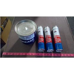 GULF GREASE TIN AND 3 TUBES AMACO GREASE