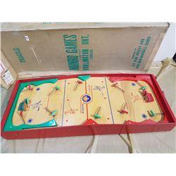 MUNRO HOCKEY GAME IN ORIGINAL BOX