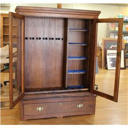 Quarter Sawn Oak Rifle Cabinet