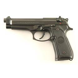 Beretta 92FS 9mm SN: BER420978