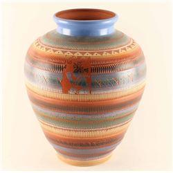 Dine Incise Carved Pot