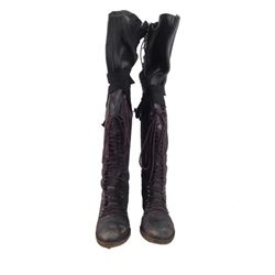 Resident Evil: Afterlife Alice (Milla Jovovich) Boots Movie Props