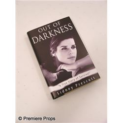 Scream 4  Sidney Prescott (Neve Campbell) screen used 'Out of Darkness' Book Movie Props
