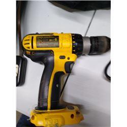 Cordless 18 v DeWalt Hammer Drill