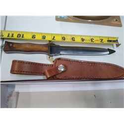 New Dagger wood handle with leather sheath