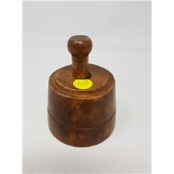 """BUTTER PRESS WITH DESIGN (3.5"""" ACROSS)"""