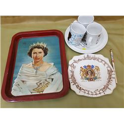 LOT OF ASSORTED ROYALTY ITEMS (TRAY, MUGS, PLATES, PENCIL)