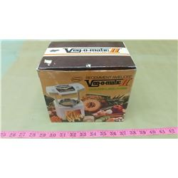VEG-O-MATIC II FOOD CUTTER