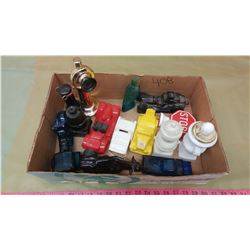 LOT OF AVON (CARS, ACCESSORIES, TELEPHONE)