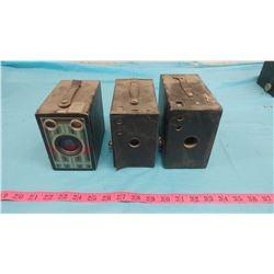 THREE BOX CAMERAS (BROWNIE JUNIOR, RAINBOX HAWKEYE BROWNIE)