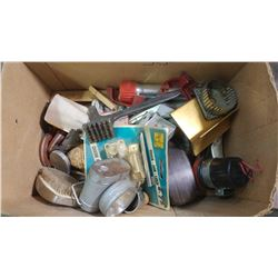 LOT OF ASSORTED COLLECTIBLES