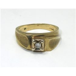10 KT Yellow Gold Men's Solitaire Diamond Ring