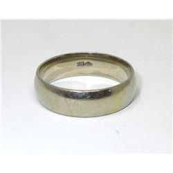 Estate - 10 KT White Gold Band Ring - 5.1 Grams