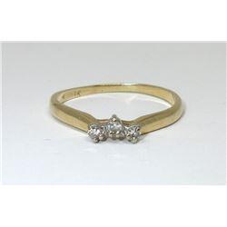 Estate - 14 KT Yellow Gold Diamond Ring