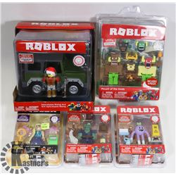 LOT OF ASSORTED ROBLOX COLLECTIBLES.