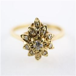 Estate Ladies 10kt Gold Diamond Cluster Ring. Size