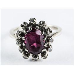 Estate 14kt Gold Diamond and Oval Garnet Ring Size