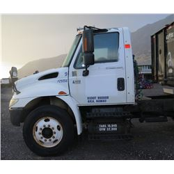 White 2002 International Single Axle Truck Tractor F29356