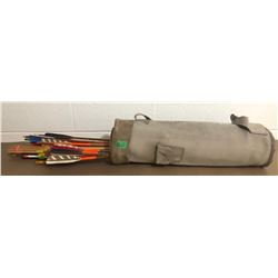 LEATHER QUIVER W / ARROWS