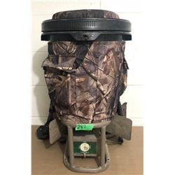 GAME COMPASS WORKS, BACKPACK SEEDER / FEEDER