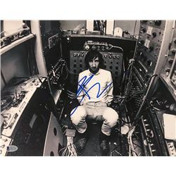 Pete Townshend Signed 11x14 Photo (Beckett COA)