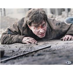 """Daniel Radcliffe Signed """"Harry Potter and the Deathly Hallows - Part 2"""" 11x14 Photo (Beckett Hologra"""