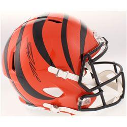Joe Mixon Signed Cincinnati Bengals Full-Size Speed Helmet (Schwartz Sports COA)