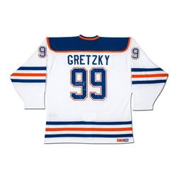 Wayne Gretzky Signed Edmonton Oilers Captain Jersey (UDA COA)