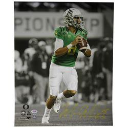 Marcus Mariota Signed Oregon Ducks 16x20 Photo (PSA COA  Mariota Hologram)