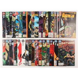 """Lot of (34) 1989-1997 DC """"Batman"""" Comic Books Issues with #535, #439, #500, #464, #527"""