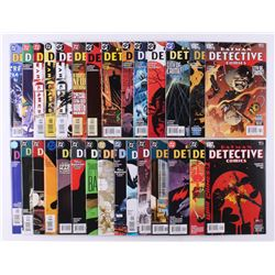 """Lot of (29) 2003-2005 DC """"Detective Comics"""" 1st Series Comic Books Issues with #808, #798, #784, #79"""