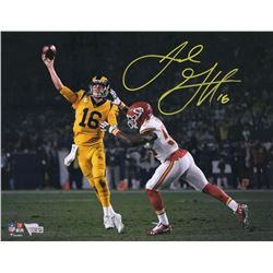 Jared Goff Signed Los Angeles Rams 11x14 Photo (Fanatics Hologram)