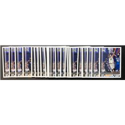 Lot of (25) 1997-98 Topps #115 Tim Duncan RC