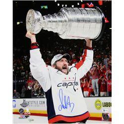 Alexander Ovechkin Signed Washington Capitals 16x20 Photo (Beckett COA  Fanatics Hologram)