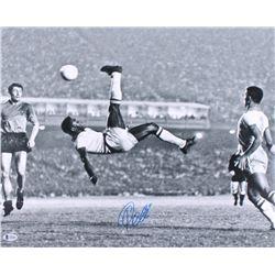 "Pele Signed Team Brazil ""Bicycle Kick"" 16x20 Photo (Beckett COA)"