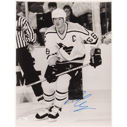 Mario Lemieux Signed Pittsburgh Penguins 11x14 Photo (JSA Hologram)