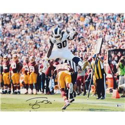 Todd Gurley Signed Los Angeles Rams 16x20 Photo (Beckett COA)