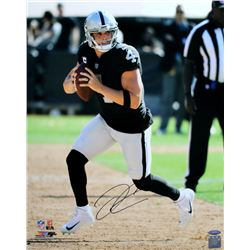 Derek Carr Signed Oakland Raiders 16x20 Photo (TriStar Hologram)