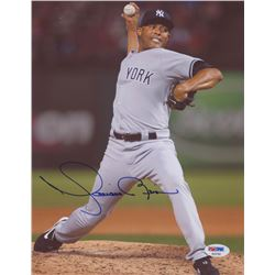 Mariano Rivera Signed New York Yankees 8.5x11 Photo (PSA Hologram)