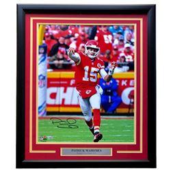 Patrick Mahomes Signed Kansas City Chiefs 22x27 Custom Framed Photo Display (Fanatics Hologram)