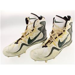 Pair of Reggie White Green Bay Packers Game-Used Nike Cleats (White LOA)