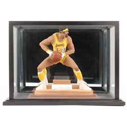 Wilt Chamberlain Signed LE Los Angeles Lakers Figurine with Display Case (Beckett LOA)