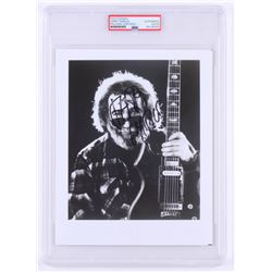 Jerry Garcia Signed Grateful Dead 8x10 Photo (PSA Encapsulated)