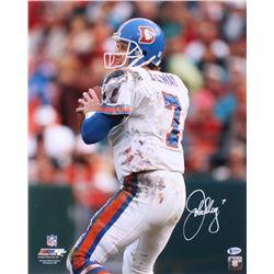 John Elway Signed Denver Broncos 16x20 Photo (Beckett COA)
